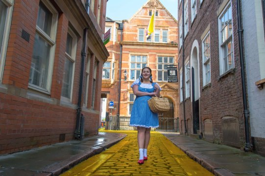 Hullywood Icon number 7 Film: The Wizard of Oz Location: Hull Old Town.