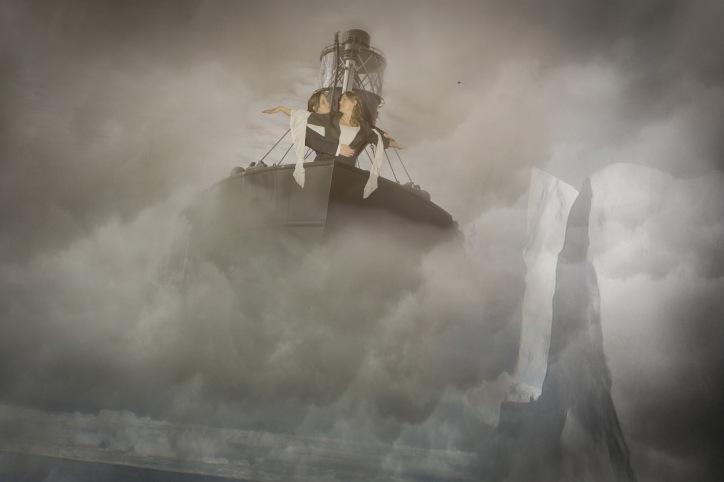 Hullywood Icons numbers 191 and 192 Film: Titanic Location: Hull Marina.
